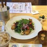 たまな食堂 ナチュラル シフト ガーデン キッチン - 一汁三菜ランチ(限定)