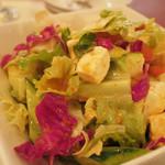 イスタンブール - サラダ(チーズたっぷり!