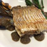 ラブレー - 静岡産太刀魚のポアレとムール貝       黒オリーブソース