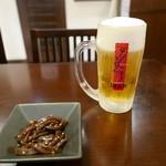 京とんちん亭 - お通し&生ビール