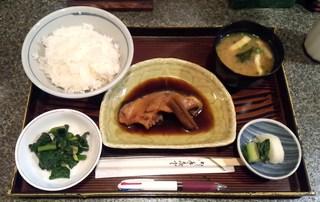 越路 - 煮魚定食(銀ダラ)700円