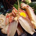 生け簀の甲羅 - 生本ズワイガニ カニ刺し