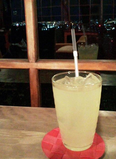 茂庵 - ゆずジュース(650円)と夜景