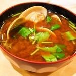 すし富 - 赤出汁(蛤)