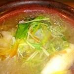四季彩 かしも - 揚げ魚が入った小鍋