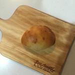 オノパン - クリームパン 120円(税抜)