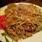 和ノ嘉 - 甘くてコクのあるソースとほどよい太さで食べごたえ抜群の麺のやきそば