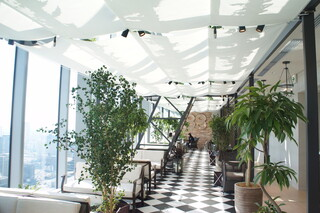 The 33 Tea&Bar Terrace - ニューヨークのペントハウスがコンセプトの店内