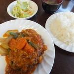 ハンバーグ食堂 加藤 - トマトソースのハンバーグ定食180g900円
