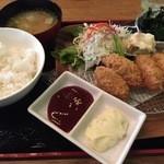 Chiba-Ken Japanese Restaurant - カキフライ定食