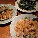 美中味 - 炒豆苗、棒棒鶏 、麻辣牛肚(ハチノスの唐辛子あえ)