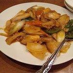 美中味 - 葱爆牛肚(葱と牛モツの炒め)
