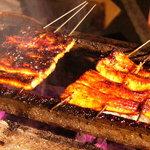和花 - 料理写真:炭火焼 鰻