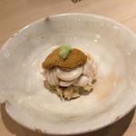 鮨処 美な味 - 毛ガニ たち 雲丹
