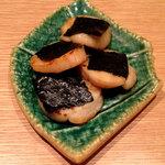 鮨与志乃 - 帆立バター焼き