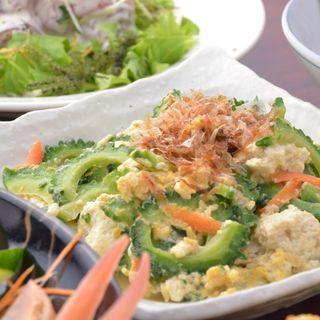 宮古牛や採れたて野菜を使った「入江郷土料理」をランチでも◎