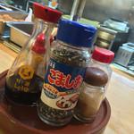もりもと - もりもと(岡山県岡山市磨屋町)卓上調味料