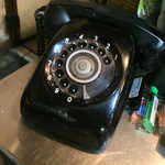 もりもと - もりもと(岡山県岡山市磨屋町)現役の黒電話