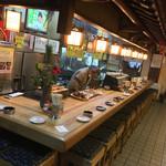 もりもと - もりもと(岡山県岡山市磨屋町)店内カウンター