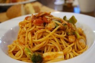 イル バーチョ - パスタセット 1,100円のパスタ(魚介のラグー トマトソース)