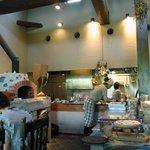石窯Pizza クープ ドゥ シナモン - 店内