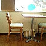 カモCafe - テーブル席♪