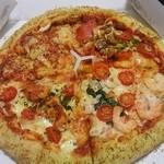 ドミノ・ピザ - チーズンロールクワトロデライト