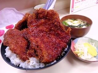 大善 - ソースカツ丼(カツ3枚)+味噌汁:1,000円