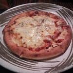 つくしんぼう - チーズたっぷりイタリアンピザ(753円)