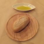 ロータス&フラワーズ ワン - 天然酵母パン