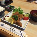 46512378 - 牡蠣ふらい定食¥650  CPよすぎ!!!!!