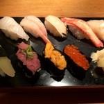 桜川浜寿司 - 料理写真:綺麗なお寿司です。