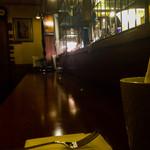 Cafe Ruban - 落ち着いた雰囲気の店内