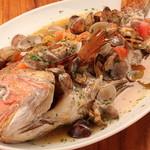 和伊和伊亭 - 市場へ仕入れに行くお魚オーブン焼き