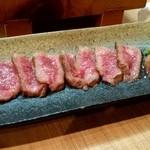 味処ます吉 - 牛タタキ