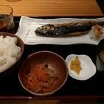 角打有楽町 - 焼き魚定食(750円)は鯖塩