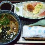 吉野鮨 - 料理写真:ラーメン・ちらし寿司セット 1100円