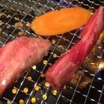鶴橋ホルモン本舗 - 焼肉!
