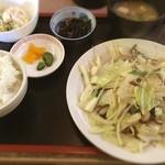 餃子楼大学 - 野菜炒め定食
