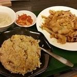 華龍飯店 - 料理写真: