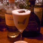 Bar ISLAY - ゴディバのチョコリキュールとオレンジリキュールのショートカクテル