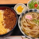 東京そば正家 - 日替わり(鶏そぼろご飯とうどんのセット)