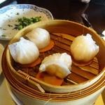 Ye Shanghai Kowloon - 点心①(海老餃)