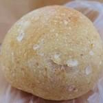 自家培養醗酵種パン 侭 - あんことクリームチーズ