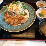 ご馳走ダイニング 満てん - 料理写真:漢方三元豚ロースステーキ