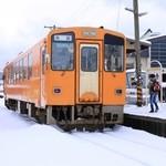 46540202 - 大体の列車は 1両。