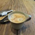 臥薪 鉃 - コーヒー