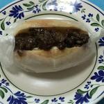 五空ぱん - イチジクの赤ワイン煮とクリームチーズ素朴パン