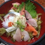 46548341 - 2015年12月:特上スペシャル(\1500+税)…味付け海苔がひいてある海鮮丼