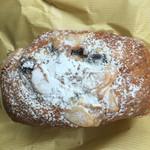 46550268 - 黒糖のパン